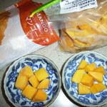 餃子の王国フィリピンマンゴーと食べ比べ