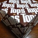 トップスのチョコレートケーキの箱