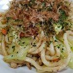 調理例(豚肉、玉葱、人参、キャベツ追加、青海苔、かつお節追加)