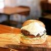 バーガーショップホットボックス - 料理写真:パウダースノーマウンテンバーガー