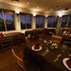 イタリア料理 リストランテ フィッシュボーン - 内観写真:ディナータイムはしっとりとした雰囲気で。