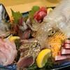 丸秀鮮魚店 - メイン写真: