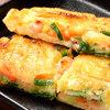 焼肉や とんちゃん亭 - 料理写真:具だくさんチヂミ