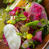 bistro Vas_y - メイン写真:産直野菜とハーブ・フルーツのサラダ