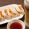 餃子市場 - メイン写真:餃子とビール