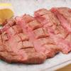 もつ蔵 - メイン写真:厚切り牛タンステーキ