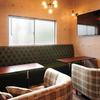 cafe&bar boo - 内観写真:おしゃれな店内での女子会は、ホームパーティーのような雰囲気
