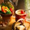 近江黒鶏とワインバル Jidoriya - メイン写真: