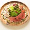 ワイン食堂 旅する子ブタ - 料理写真:シェフ特製肉サラダ