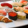 四六八ちゃ個室別館 - 料理写真:新鮮な素材と小ぶりなシャリの食べやすいにぎり寿司