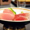 海つばめ - 料理写真:【まぐろ二種】バチまぐろ・トンボまぐろを食べ比べできるお造り。(980円)