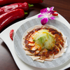 香南厨房 - 料理写真:豚肉の薄切りニンニクソースかけ  630円