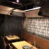 博多もつ鍋 山笠 - 内観写真:隣の席との間にビニールで仕切りをしております。