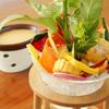PASTA HOUSE AWkitchen FARM - 料理写真:AWキッチンの大看板メニュー『農園バーニャカウダ』。コクのあるソースと産直のお野菜をどうぞ
