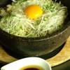 むく - 料理写真:人気のたかなとじゃこの石焼ごはん!あつあつの石焼の中で作られる絶妙な味!
