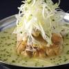 芝の鳥一代 - 料理写真:【参鶏湯(白・赤)】白スープ(白湯)、赤スープ(チゲ)の2種類のスープが選べる、定番メニュー。