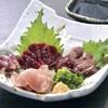 鶏ひげ - 料理写真:1日2食限定の媛っこ地鶏の鶏刺は食べる価値ありです!