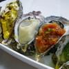 オイスターバー COVO - 料理写真:種類豊富で見た目も鮮やかなグリルオイスター各種