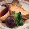魚料理専門 魚魚一 - 料理写真:カマ煮物