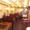とんべえ - 内観写真:どこか懐かしい店内で、   これぞ大阪のお好み焼き!