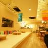 フォトベル カフェ - 内観写真:家のようにのんびりできる「小上がりマット席」はママ会・女子会で大人気!もちろんお子様とでも◎♪