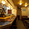 大舷 - 内観写真:落ち着いた雰囲気の店内で大将の鮨をお楽しみください。