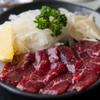 しゃぶ亭 - 料理写真:芋焼酎との相性もよくお酒のあてにピッタリ! 『馬さしみ』