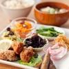ナチュラル クルー - 料理写真:定番の「大豆ミートの鶏カラ風」