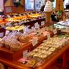 石窯パン工房 グレンツェン - 内観写真:各種パンを取り揃えております。
