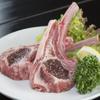 遠野屋 - 料理写真:骨付き肉を豪快に『ラムチョップ 一本』
