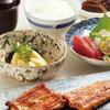 鰻萬 - 料理写真:紀州備長炭でじっくりと焼き上げた伝統ある江戸焼うなぎ専門店の味をお楽しみください。