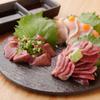 すゞき - 内観写真:徳島から直送した新鮮な鶏だけを使用『お造り三種』