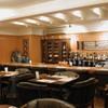 タイ料理専門店 TAI THAI - 内観写真:ゆったりソファーのカウンター席