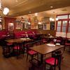 ワイン食堂 旅する子ブタ - 内観写真:店内は明るく居心地のいい空間です