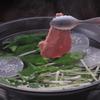 Ramu Tokyo - 料理写真:<しゃぶしゃぶ>でこぽんのポン酢でさっぱりと。焼肉、刺身とはまた違った馬肉の魅力を味わえます。