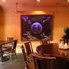 泰興楼 - 内観写真:ゆったりとしたスペースが魅力、洒落た雰囲気の店内