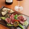 ジュメルニジュウク - 料理写真:肉のうまみがワインと好相性の『尾崎牛のグリエ』