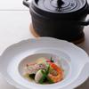 ジャッジョーロ銀座 - 料理写真:天然真鯛のハーブ蒸し ジャッジョーロ風