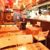 JAGA - 内観写真:ホッとできるインドのお家のような店内です。