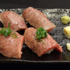 わしの肉 - 料理写真:炙り寿司(4貫)880円~トロ身と赤身の2種類~