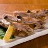 わたる - 料理写真:地鶏手羽先 こだわりの「朝引き鶏」の旨みが味わえる一皿。  250円