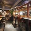 ザ・ミートショップ - 内観写真:<店内>札幌駅近くにある人気の肉専門ダイニングバー「THE MEAT SHOP」