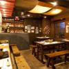 楽天庵 - 内観写真:各テーブルに設置された南部鉄器を使いユニークスタイルが楽しめる!
