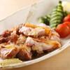 飯家(はんや)くーた - 料理写真:宮崎地鶏の炭火焼。パリパリの皮と、絶妙の火入れ加減!ゆず胡椒とポン酢で。