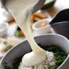 おおむろ軽食堂 - 料理写真:天城産の自然薯を使用。[地のり麦とろ丼]