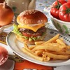 ファイヤーハウス - 料理写真:チーズバーガー