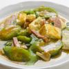 名護そば まきし食堂 - 料理写真:ナーベーラー(ライス、味噌汁)530円