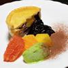 ジェリーズパイ - 料理写真:ブルーベリーカスタード  (盛り付け例)    ブルーベリーを惜しみなくカスタードの中に入れました