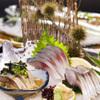 酔灯屋 - 料理写真:長崎県松浦漁港から朝獲れ直送の「旬さば」の刺身、炙り、ごまさばの盛り合わせ!