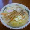 ラーメン 八海山 - 料理写真:意外や意外!カレーととんこつのハーモニー